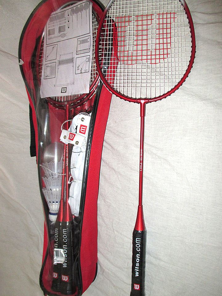 Wilson-Tour-Badminton-Racket-Kit-birdies-net-poles-4-rackets