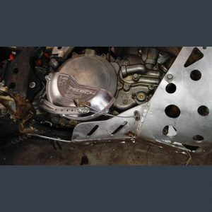 Sankabos dangtelio apsauga KTM EXC250 EXC300 Husqvarna TE250 TE300 2013-2016  SK006